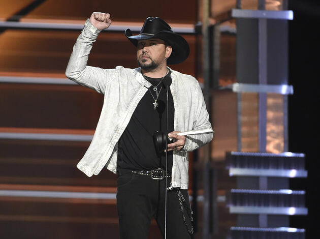 "Jason Aldean hat am 15. April 2018 in Las Vegas bei der Verleihung der Country Music Awards den Spitzenpreis ""Entertainer des Jahres"" gewonnen. (Archiv)"