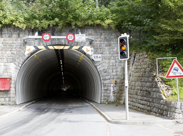 Tunnel in Steg